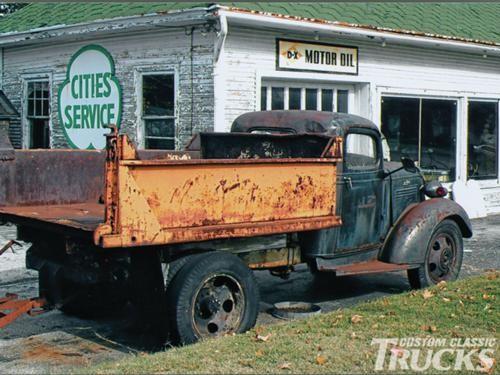 1108cct-02-o-_1938-chevrolet-dump-truck_rearjpg