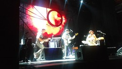 Ray LaMontagne at Bob Carr PAC (photo by me)