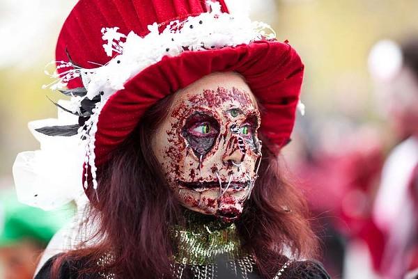 toronto-zombie-walk-15jpg