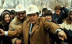 Stillson (Martin Sheen), showing Mitt how it's done.