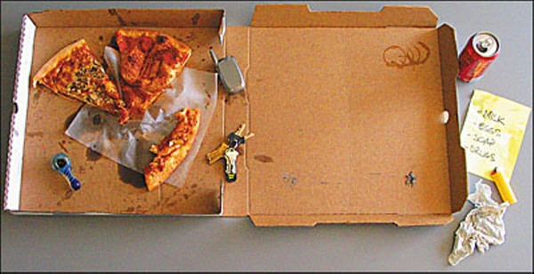 031005_pizza-spreadjpg