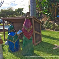 Florida activist sets up anti-Trump Festivus pole at nativity scene