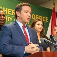 DeSantis orders bars, restaurants shut down, but many state workers still expected at the office