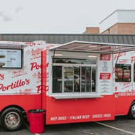 Portillo's Beef Bus rolls into downtown Orlando to sling Chicago-style hot dogs and more through Jan. 30