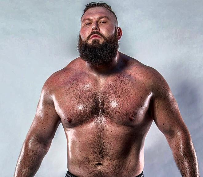 Wrestler Mike Parrow - SADIEL RUIZ