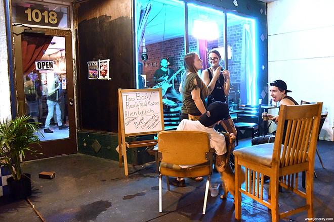 Grumpy's Underground Lounge - JEN CRAY