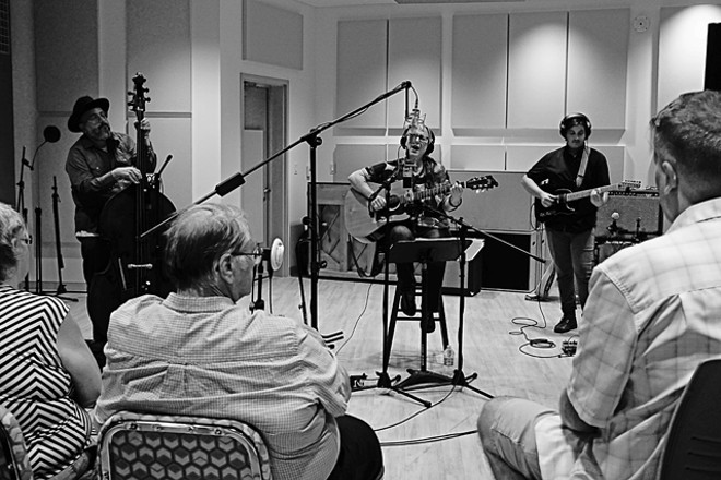 Terri Binion at Melrose in the Mix - JIM LEATHERMAN