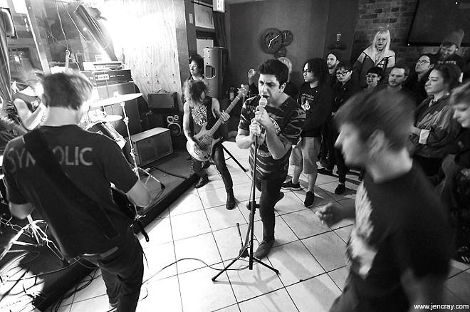 Karborätor at Grumpy's Underground Lounge - JEN CRAY