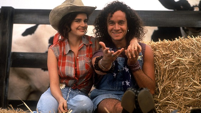 Carla Gugino and Pauly Shore in Son in Law