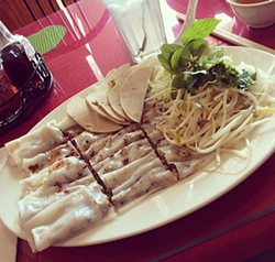 Banh cuon at Vietnam Cuisine - PHOTO BY JESSICA BRYCE YOUNG