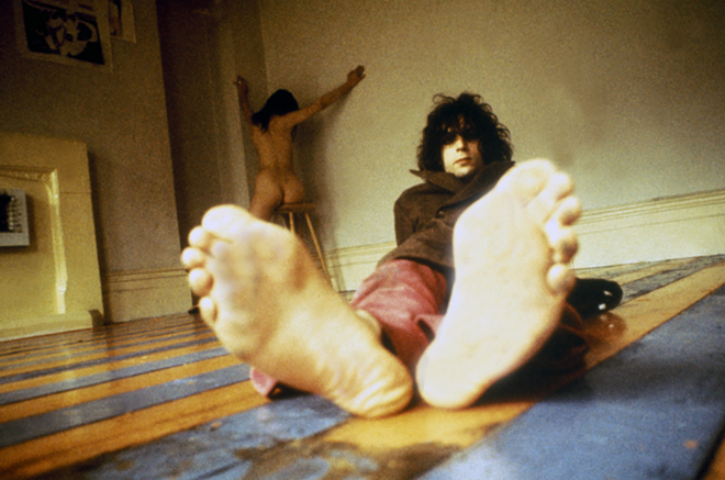 Syd and Iggy in his Earl's Court flat - PHOTO BY MICK ROCK