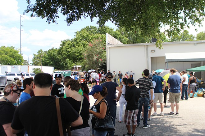 The scene outside the OneBlood donation center near Pulse. - PHOTO BY CHRIS RODRIGUEZ
