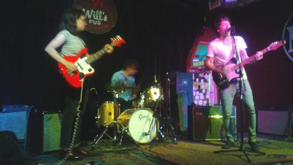 Dumberbunnies at Will's Pub - JEN CRAY