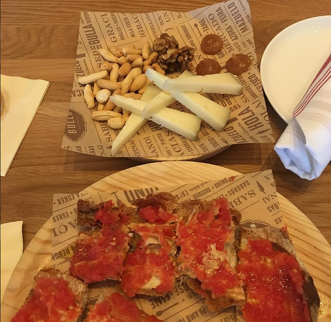 Manchego, candied walnuts and pan con tomate. - @AARON_BANKS1