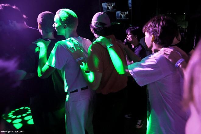 Yr Glow at Stonewall Bar - PHOTO BY JEN CRAY