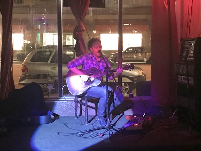 Wheeler Newman at Grumpy's Underground - BAO LE-HUU