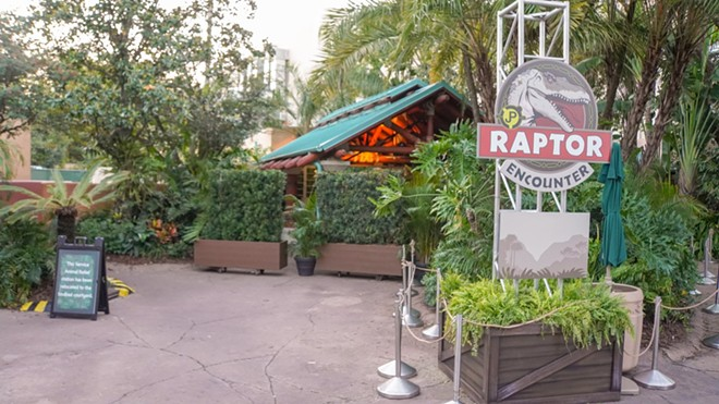 The former temporary Raptor Encounter with the previous signage - IMAGE VIA BIORECONSTRUCT | TWITTER