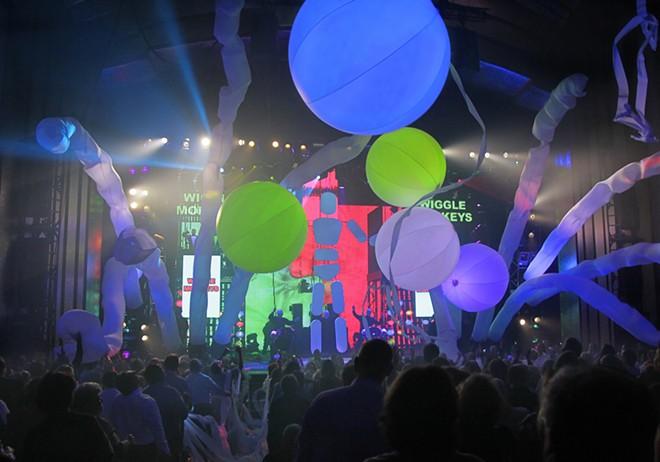 Blue Man Group at Universal Orlando - IMAGE VIA UNIVERSAL ORLANDO