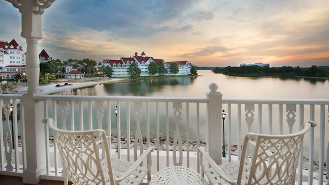 A view of the Big Pine Key building from the existing Grand Floridian DVC wing. - IMAGE VIA DISNEY