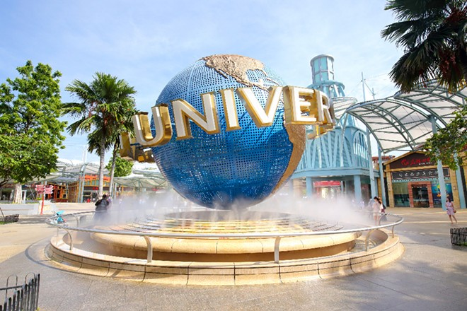 Universal Orlando is offering fully vaccinated guests the option to not wear masks at their parks and resorts. - ADOBE