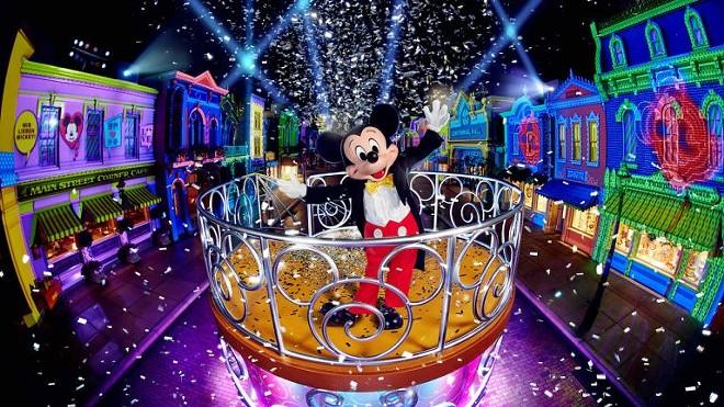 """The """"We Love Mickey!"""" Projection Show at Hong Kong Disneyland - IMAGE VIA DISNEY"""