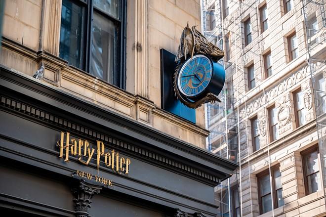 IMAGE VIA HARRY POTTER NEW YORK | FACEBOOK