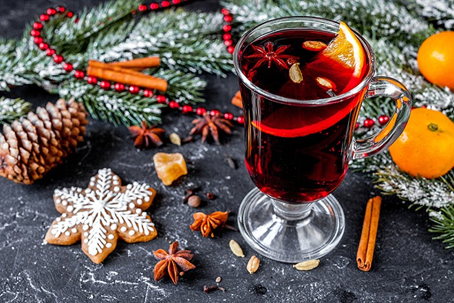 gal_miracle_on_orange_christmas_drinks_shutterstock_713113429.jpg