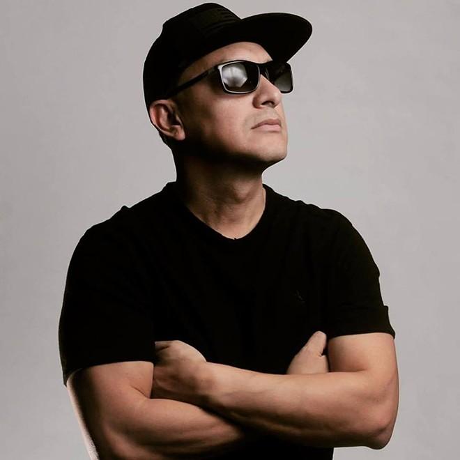 DJ Carlos Mendoza