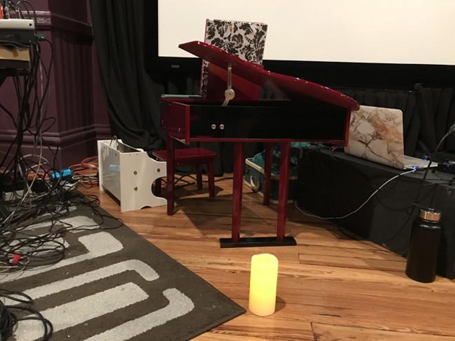 Elizabeth Baker's rig