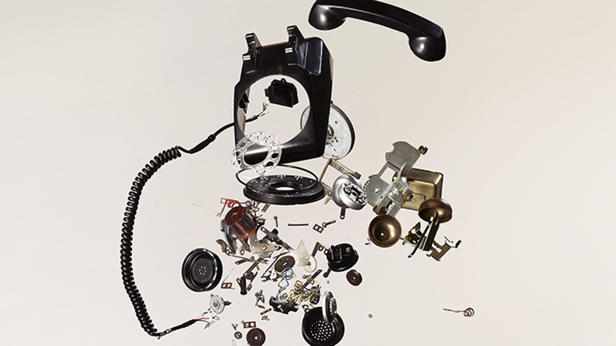 gal_things_come_apart_credit_todd_mclellan.jpg