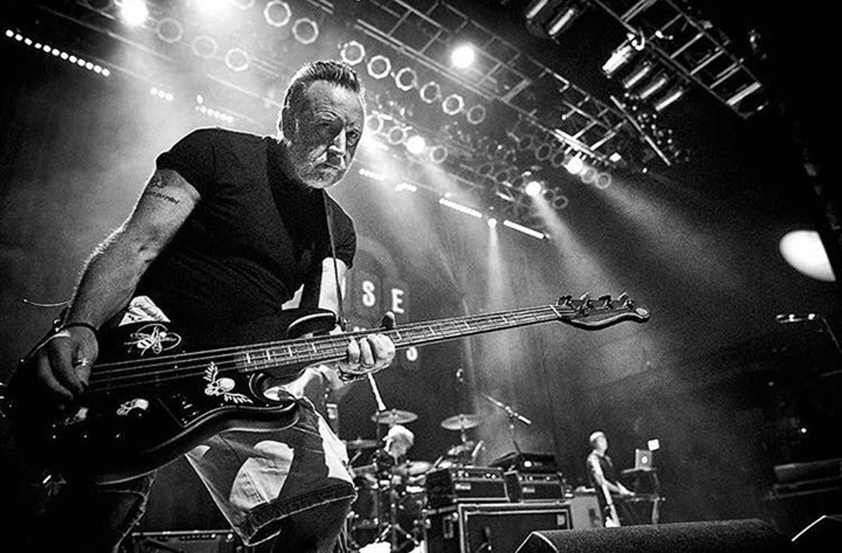 gal_peter_hook_credit_nick_woodward-shaw.jpg