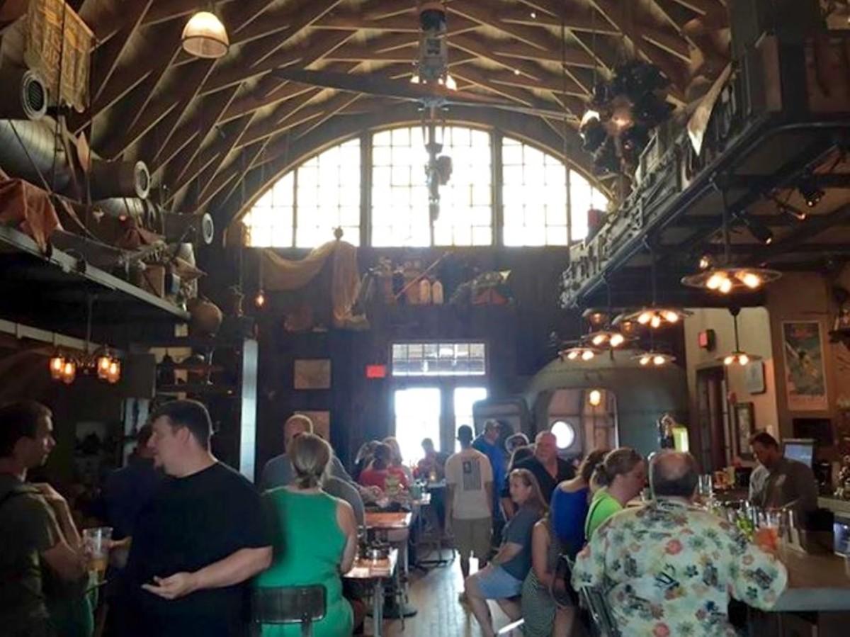 Jock Lindsey's Hanger Bar