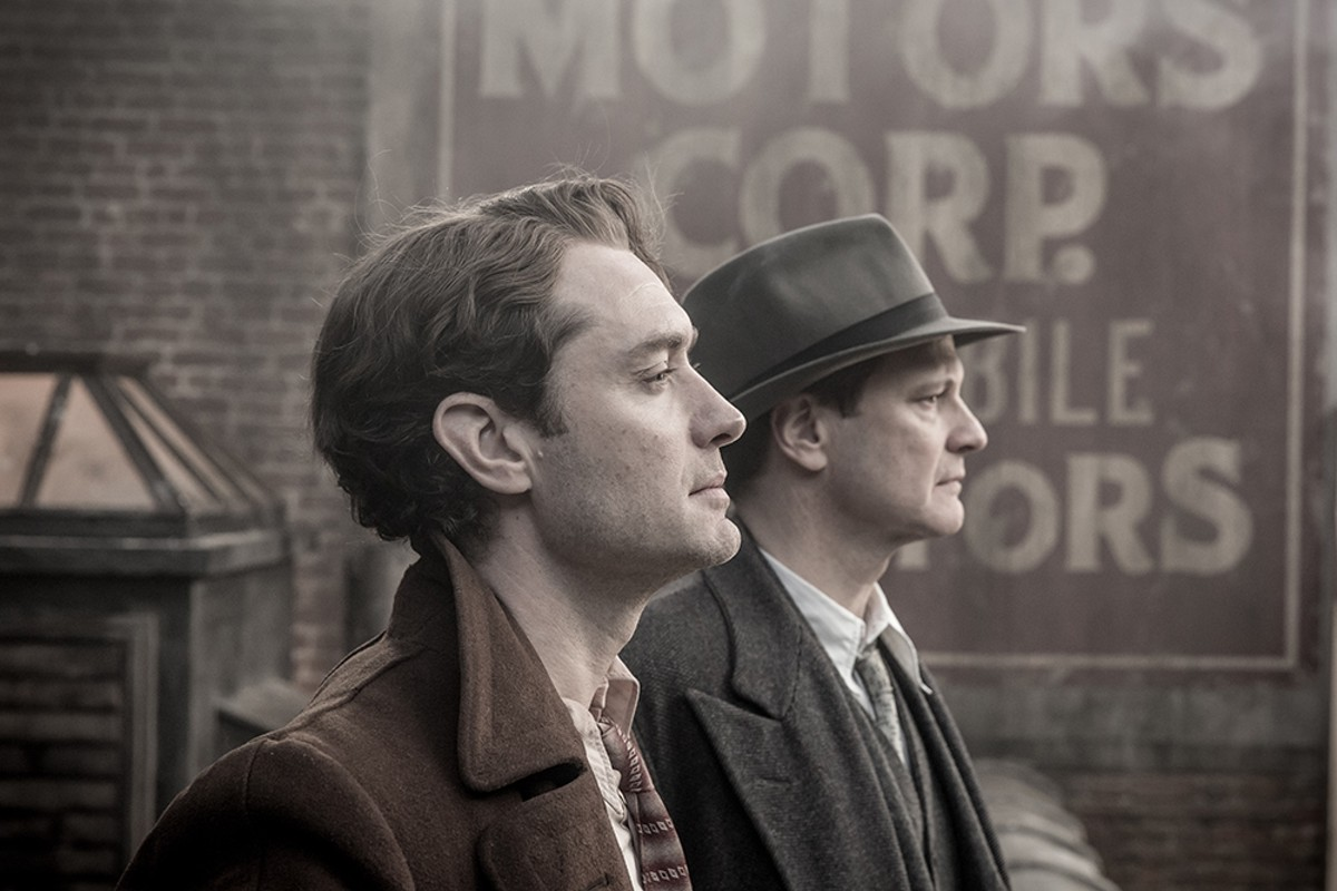 Jude Law (as Thomas Wolfe) and Colin Firth as (Maxwell Perkins) in Genius