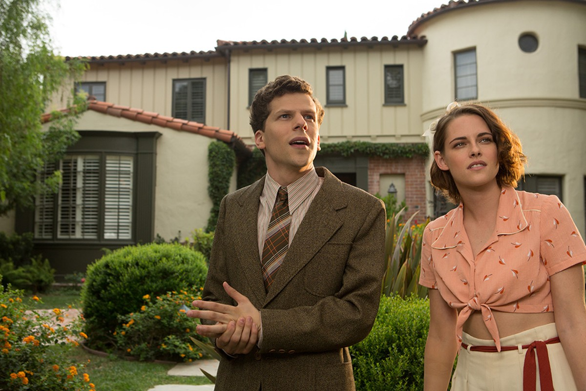 Jesse Eisenberg and Kristen Stewart in Café Society