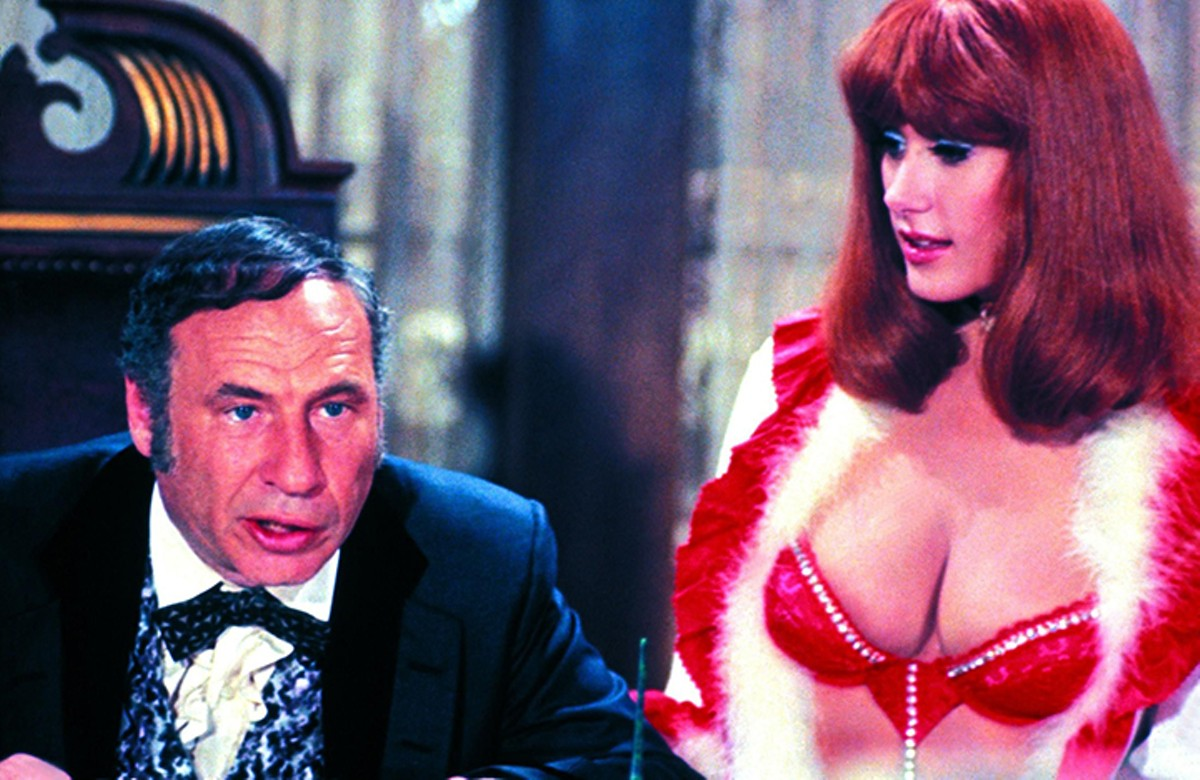 gal_burlesque_tribute_to_mel_brooks_from_blazing_saddles.jpg