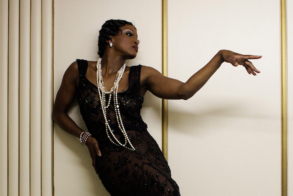 Tymisha Harris as Josephine Baker | Photo by Von Hoffman, courtesy of Michael Marinaccio