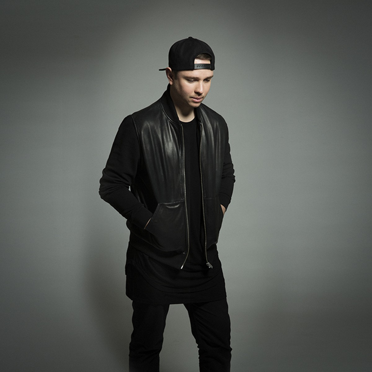gal_front_borgeous.jpg