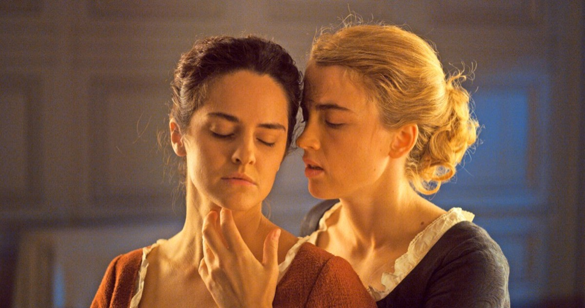 Noémie Merlant and Adèle Haenel in 'Portrait of a Lady on Fire'