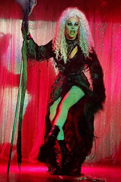Dollya Black - PHOTO BY JIM LEATHERMAN