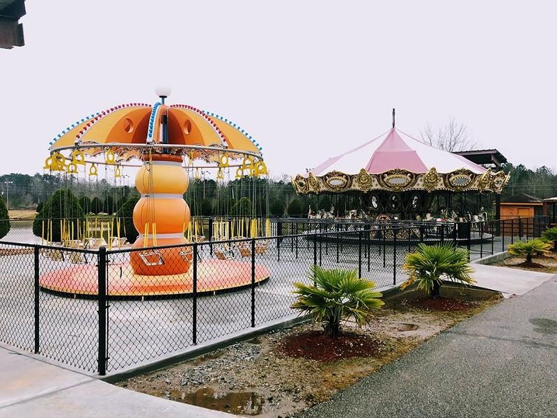 Two of the attractions at Fun Spot Atlanta that were previously found at Coney Island in Ohio - IMAGE VIA FUN SPOT ATLANTA | FACEBOOK