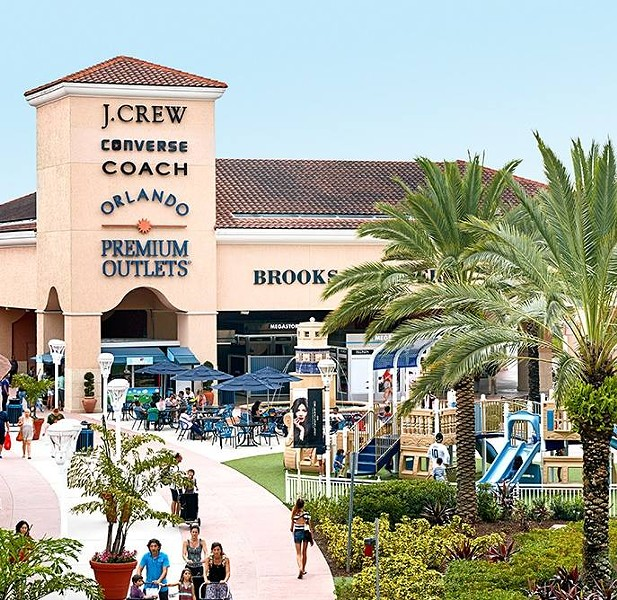 IMAGE VIA ORLANDO VINELAND PREMIUM OUTLETS | FACEBOOK