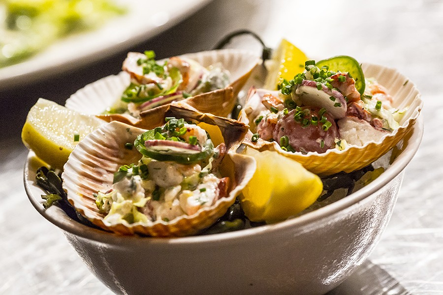 Diver scallops with horseradish and sunchoke chips (Luke's) - PHOTO BY ROB BARTLETT