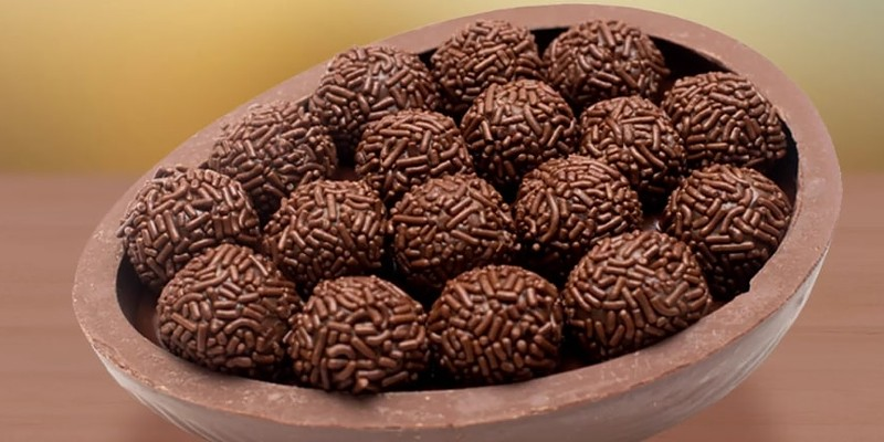 Brigadeiros from Sodiê Doces are being given away in April.