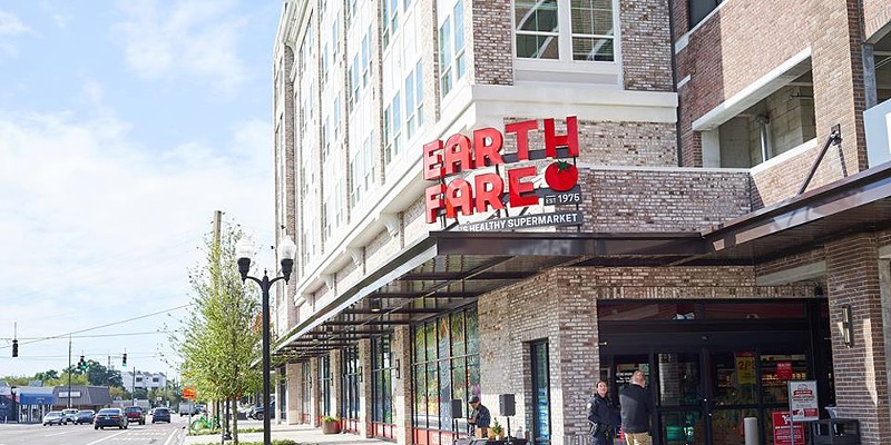 Organic grocery store Earth Fare to reopen SoDo location