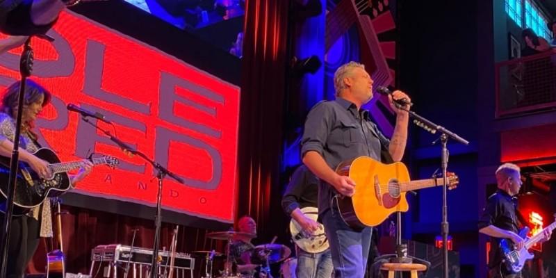 Blake Shelton plays Orlando concert to celebrate grand opening of Ole Red restaurant