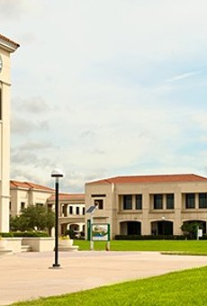 Valencia and Seminole State College adjunct professors scramble to make a living wage and now, they want a union