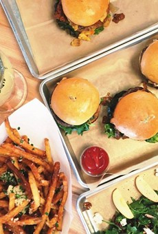 A Hopdoddy Burger Bar is coming to Orlando, Annie's Roti Shop & Bar has opened, and more in local foodie news