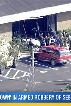 At least 5 people dead in mass shooting at Florida bank