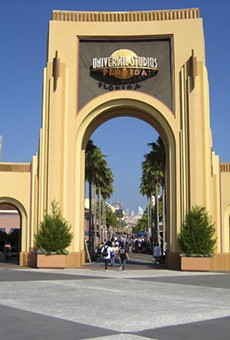 Universal Studios Orlando raises parking fees to $20