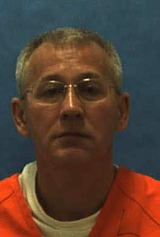 Florida executes serial killer after four-hour delay